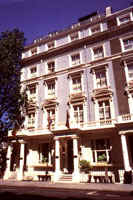 Byron hotel london capricorn hotels byron for 36 38 queensborough terrace